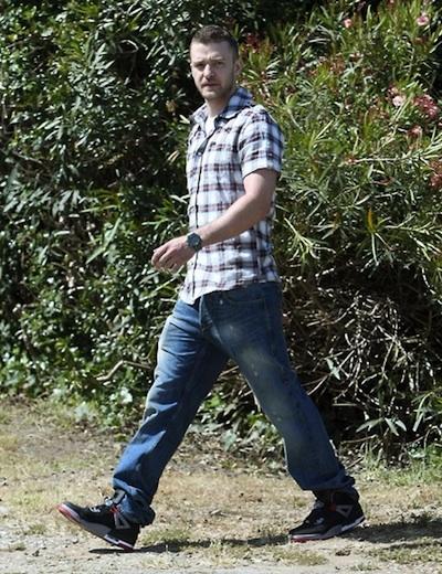 promo code afc64 a48d1 Justin Timberlake in William Rast Plaid Shirt & Nike Air ...